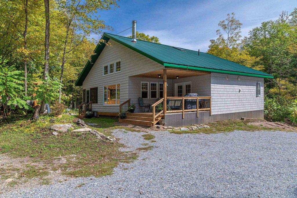 $699,000, 1099 Bolton Lane, Mountain Grove, Ontario  K0H 2E0 - Photo 1 - 40170769