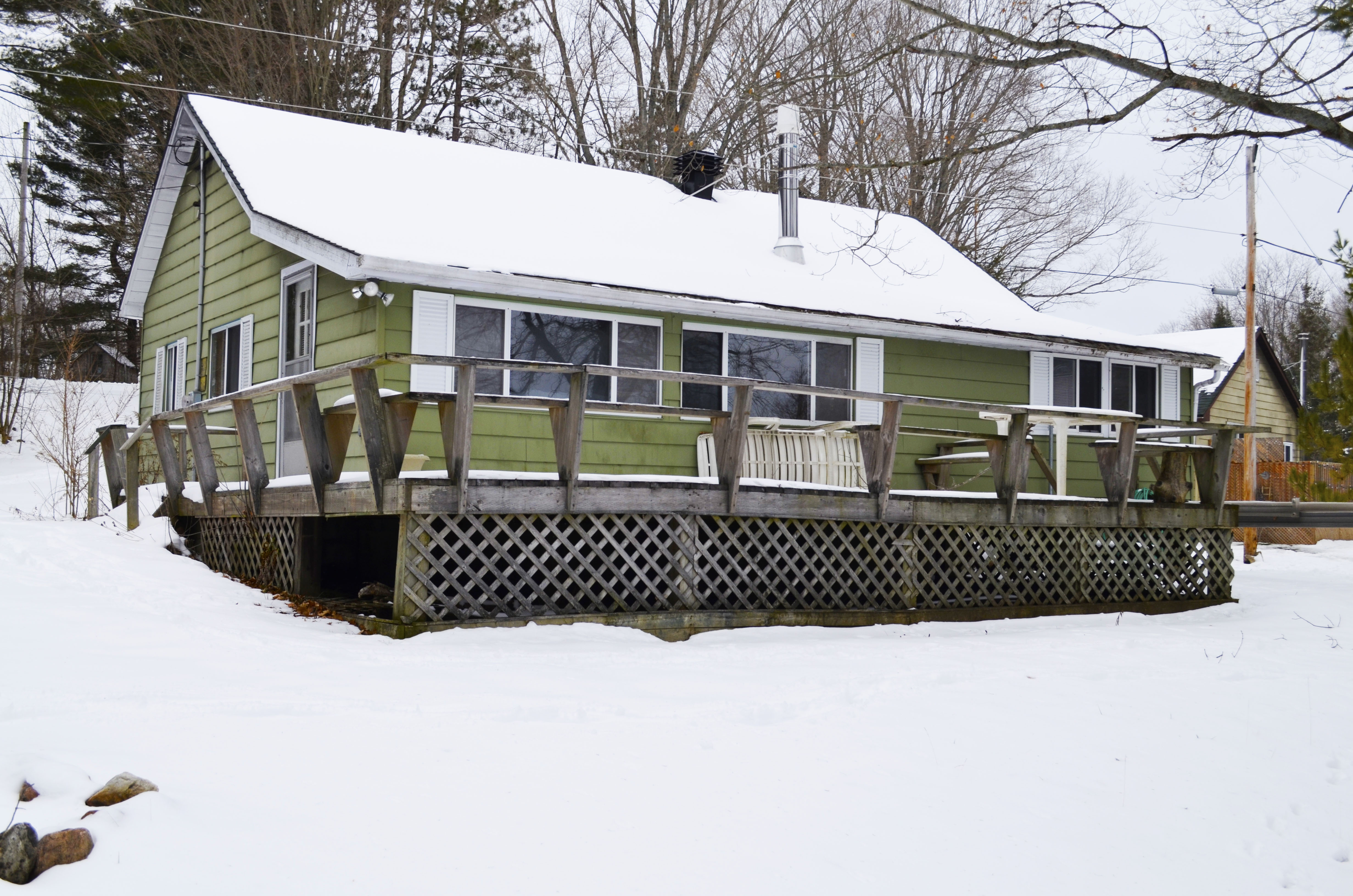 Big Clear Lake, $299,000, 1051 Big Clear Lane, Arden, Ontario